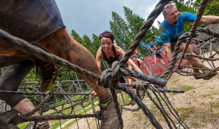 <p>Beelden van de Obstacle-trainingen, dit jaar in Halle. Foto: PR</p>