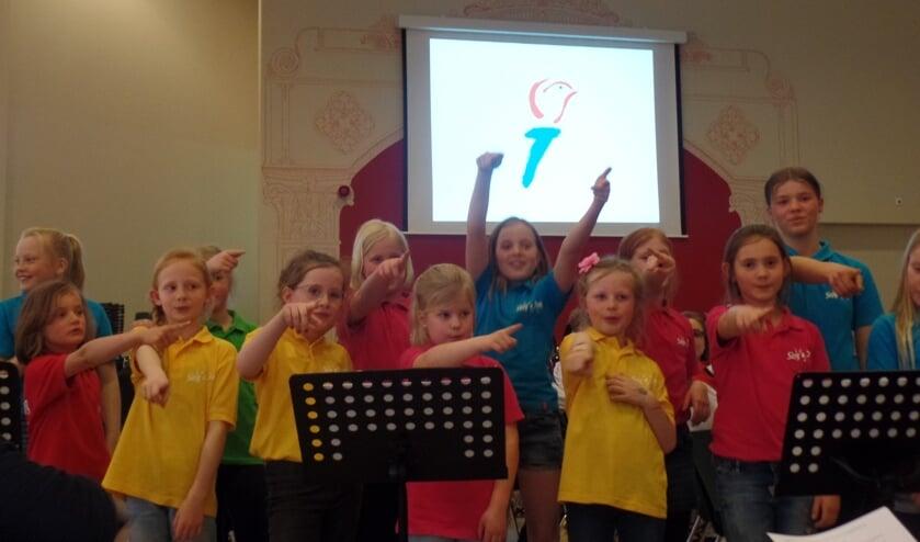 Het enthousiasme van de kinderen van Sing a Sing was zondagmiddag groot. Foto: Jan Hendriksen,