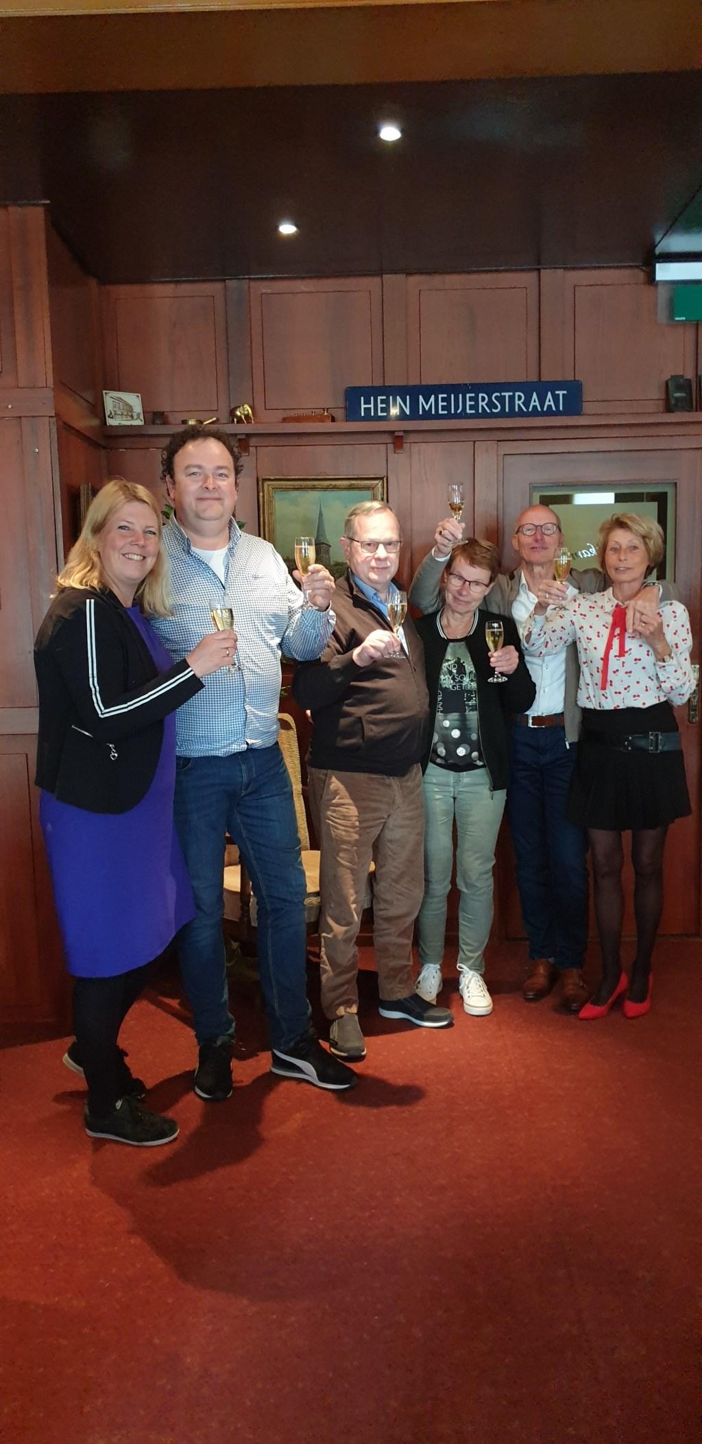 Vlnr. Mariël en Barry Reijrink, Gerard en Annemarie Jongerius, Hein en Wiljo Nijenhuis. Foto: PR