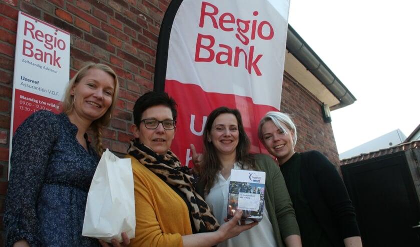Van links naar rechts: Donna Bruens-Piek, Conny te Walvaart, Karin Buitink en Eileen Kok. Foto: Verona Westera