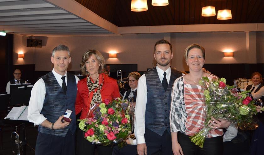 Van links naar rechts: Robert en Margret Oonk en Nick en Geralde Hahné. Foto: PR