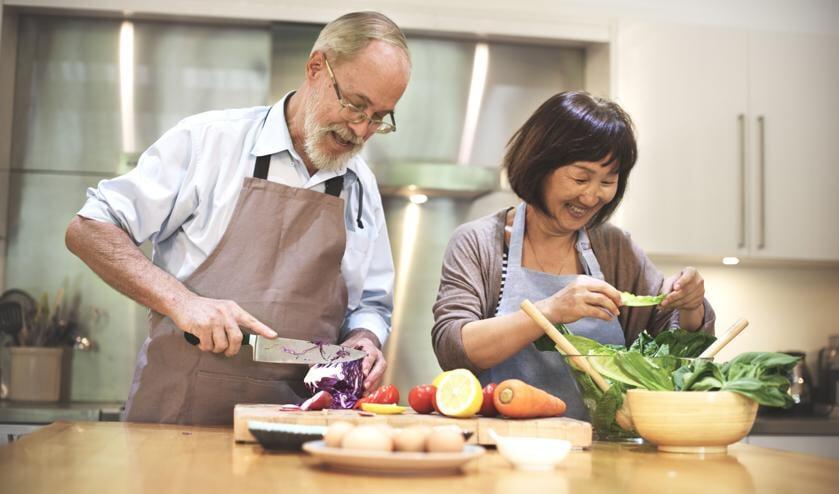 Samen koken: gezellig en lekker! Foto: PR