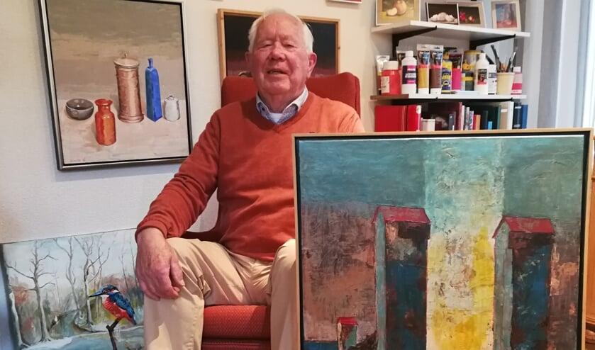 Gerrit van Dijk met zijn werk 'overgang'. Foto: Rob Stevens