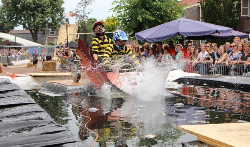 De spectaculaire zeepkistenrace staat nu ook open voor niet-Lieveldenaren. Foto: PR