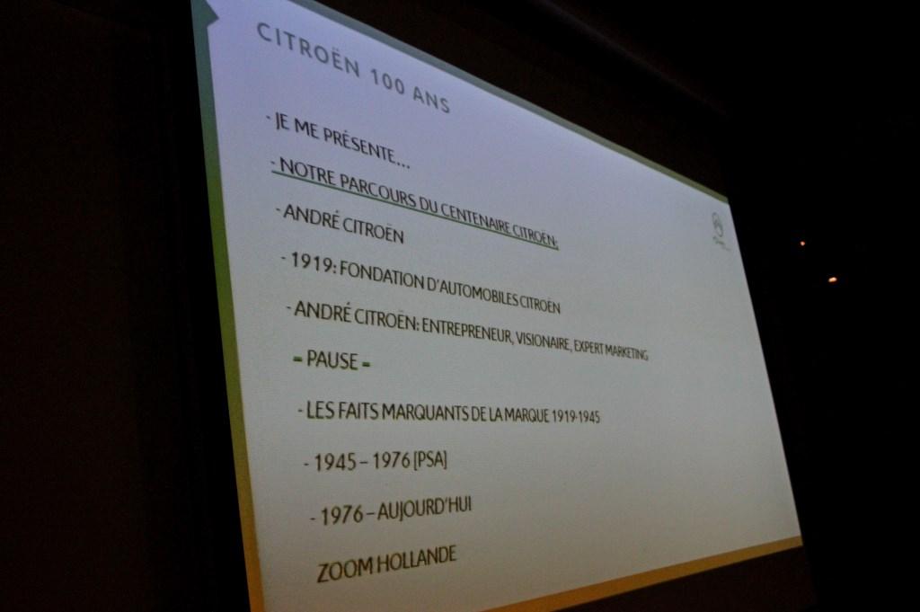 Programma van PR directeur Citroën Anne Lobbes.  Foto: Liesbeth Spaansen  © Achterhoek Nieuws b.v.