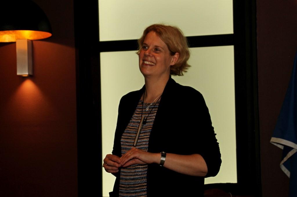PR directeur Citroën Anne Lobbes.  Foto: Liesbeth Spaansen  © Achterhoek Nieuws b.v.