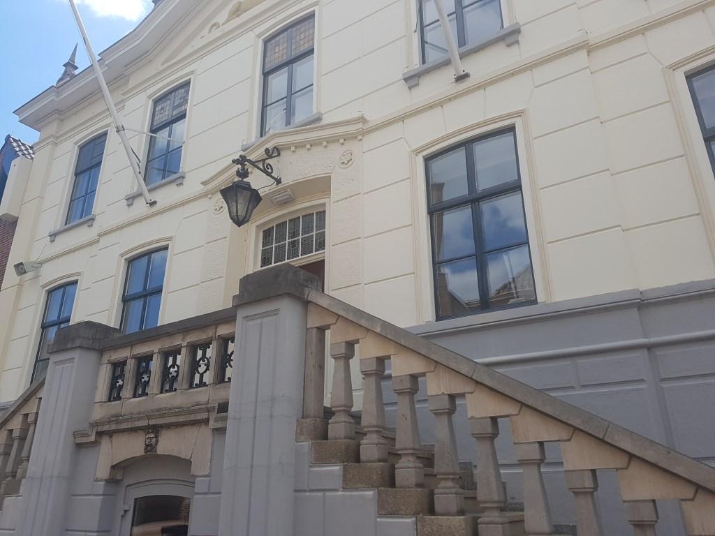 Het stadhuis in Groenlo staat op de nominatie voor verduurzaming. Foto: Kyra Broshuis  © Achterhoek Nieuws b.v.