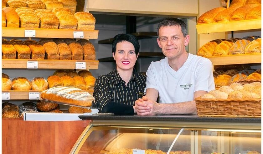 Maurice en Hanny Ebbers in hun bakkerswinkel in Terborg. Foto: Stan Bouman