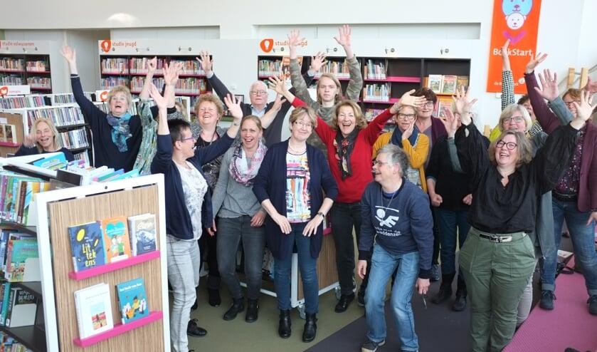 Het bibliotheekteam. Foto: PR