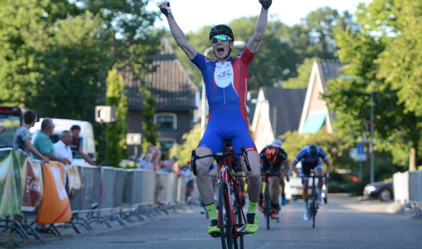 Gerard Haasjes, winnaar Van Raam Ronde van Varsseveld 2018. Foto Bob te Lindert