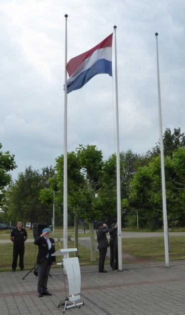 De Nederlandse driekleur in top tijdens de Veteranendag Berkelland 2019. Foto: Rob Weeber