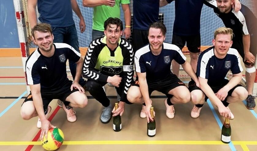 Veldhoek 1 zaalvoetbalkampioen seizoen 2018-2019. Foto: PR