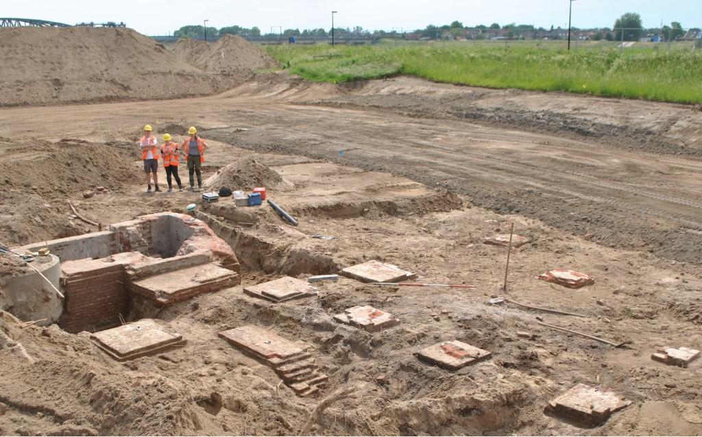Archeologen van de gemeente Zutphen deden de afgelopen weken opgravingen naar een van de oudste bedrijfscomplexen van De Mars: zaagmolen De Zwaan. Foto: PR  © Achterhoek Nieuws b.v.