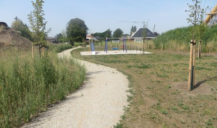 """Pad en parkje bij de oude knopenfabriek krijgen """"straatnamen"""".  Foto: Bernhard Harfsterkamp"""
