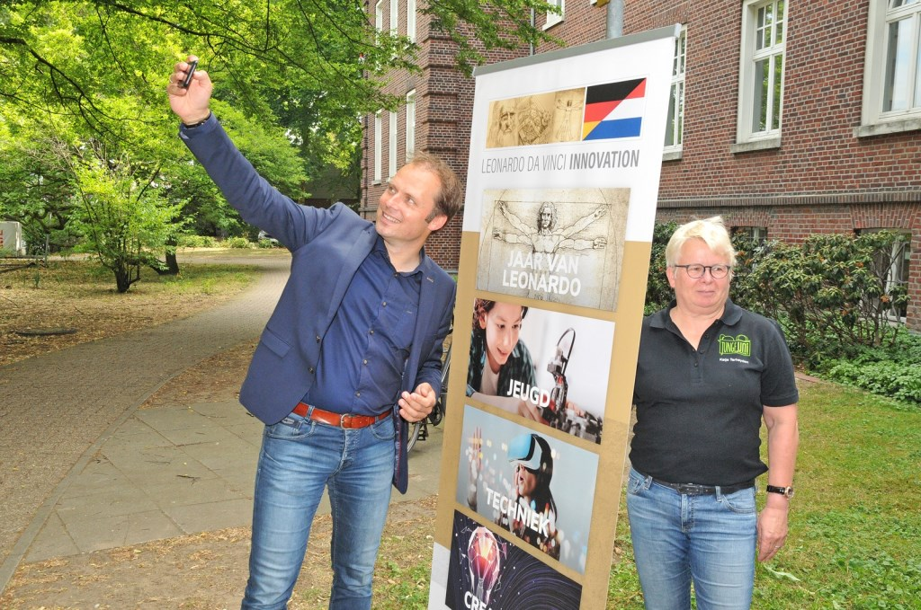 Even een selfie... Foto: Bruno Wansing Foto: Bruno Wansing © Achterhoek Nieuws b.v.