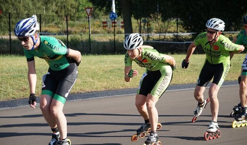De sporters in actie tijdens de skeelerwedstrijd. Foto: PR