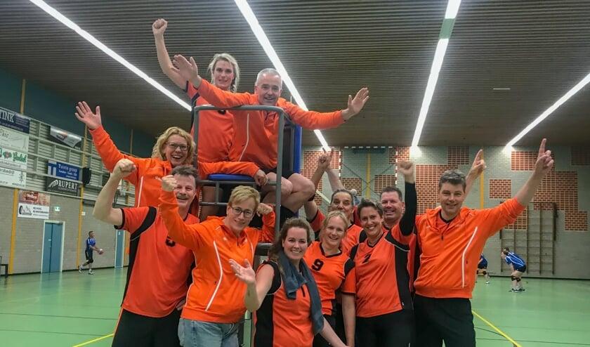 Het recreantenteam van Tornax dat zaterdag aan het NK in Utrecht deelneemt. Foto: PR.