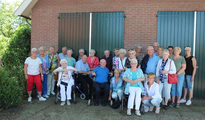 De deelnemers aan het uitstapje van de oudersoos. Foto: Silvia Sonderen
