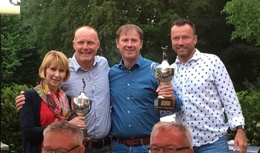 V.l.n.r.: Beppie Heersink (winnares 2018), Dennis Jansen (organisatie), René Jak (winnaar 2018) en Sander Jansen (organisatie). Foto: PR