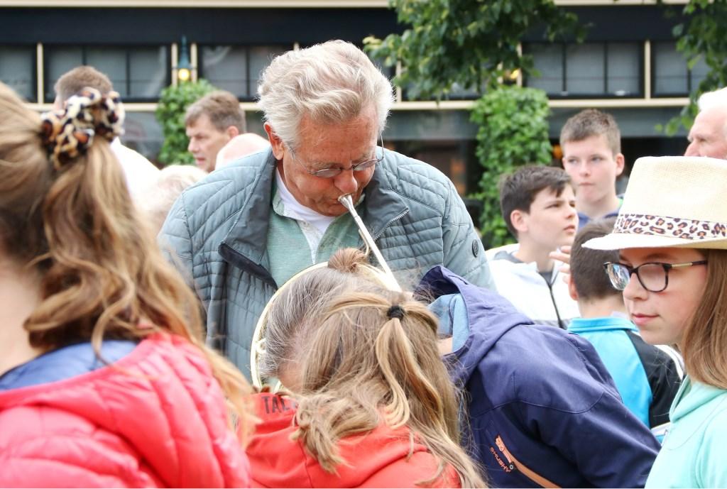 Er werden heel wat instrumenten geprobeerd in de Instrumententuin. (Foto: PR)  © Achterhoek Nieuws b.v.