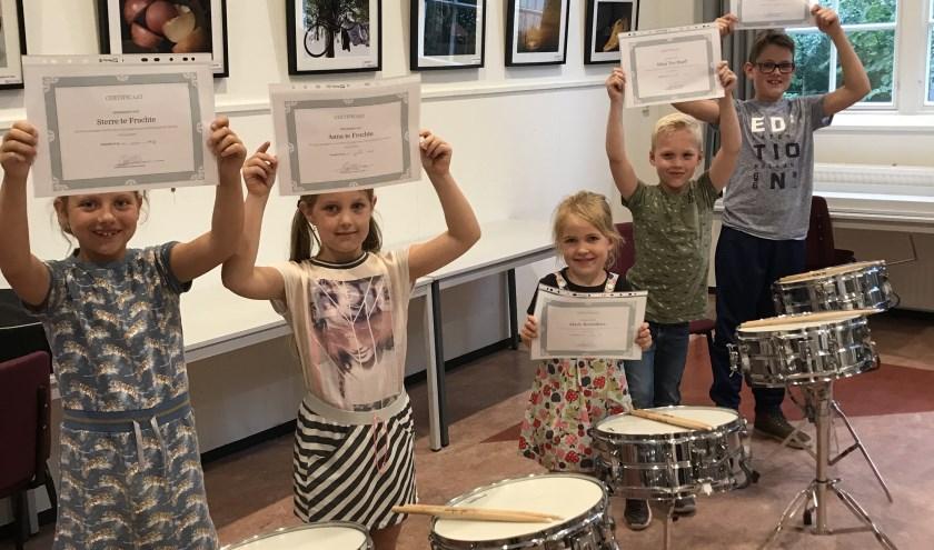 Na vijf proeflessen ontvingen de deelnemers hun welverdiende certificaat. Foto: St. Caecilia