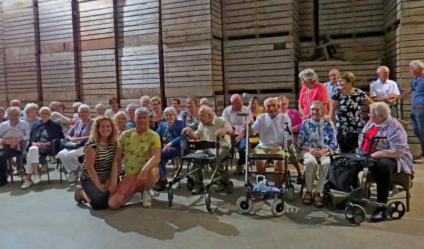 KBO leden op bezoek bij Jos en Dycke in Steenderen. Foto: Fons Stapelbroek