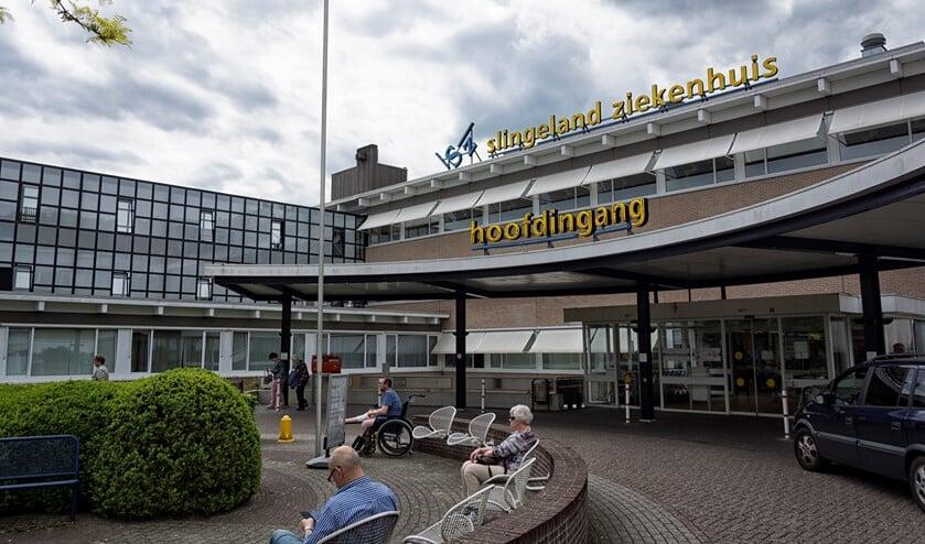 Het Slingeland Ziekenhuis. Foto: Bram Wassink