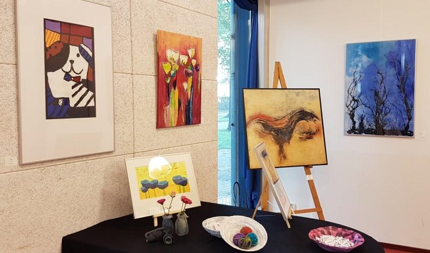 Enkele werken uit de tentoonstelling. Foto: PR B Art