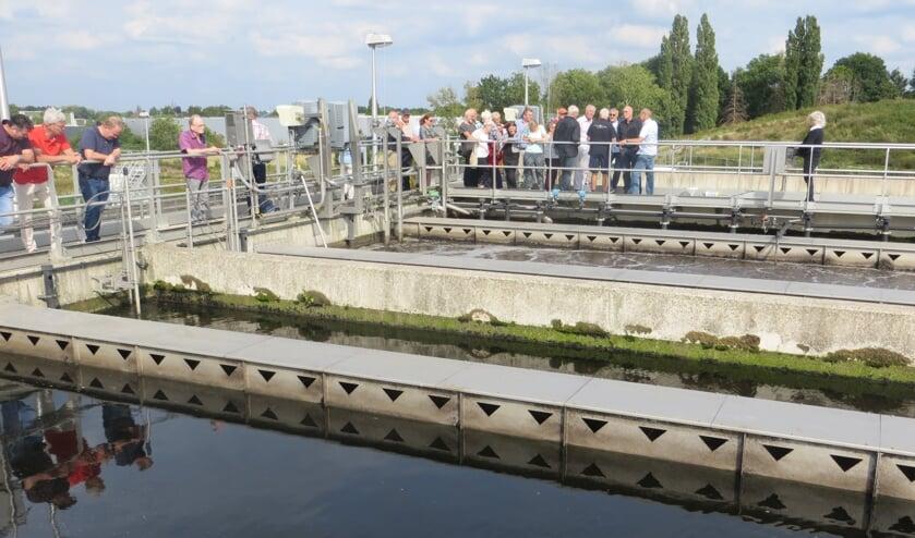 Goede belangstelling voor bezoek aan rioolwaterzuivering in Dinxperlo. Foto: Bernhard Harfsterkamp