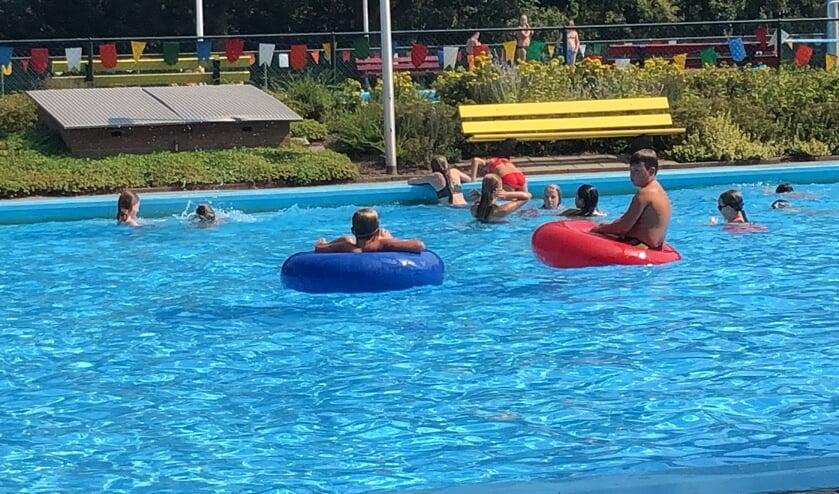Abonnementhouders hebben volop kunnen genieten van zwembad Het Elderink. Foto: PR