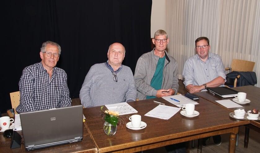 Van links naar rechts Bertus te Grotenhuis, Theo Giesen, Eddy ten Broeke en Bennie Berendsen. Foto: Frank Vinkenvleugel