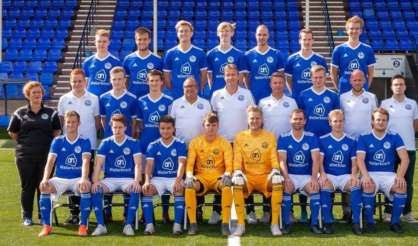 De eerste selectie van Grol (seizoen 2019-2020) promoveert naar de tweede klas KNVB. Foto: Theo Huijskes
