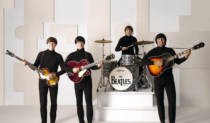 The Beatles Revival speelt in het openlucht theater. Foto: PR