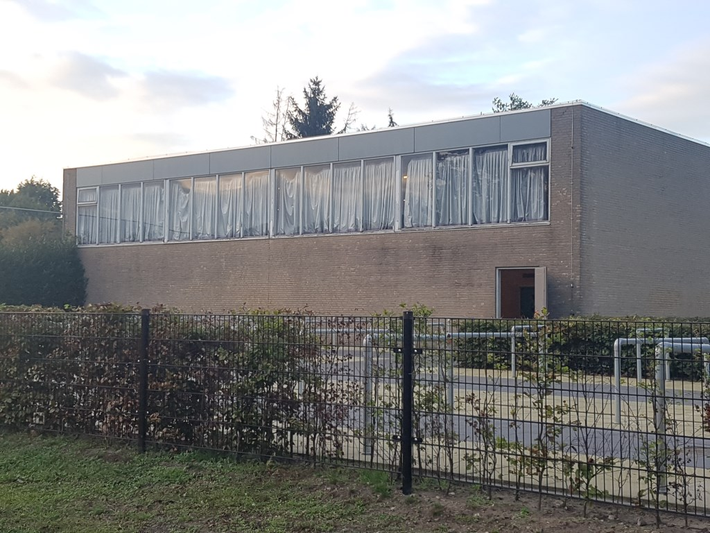De oude gymzaal van Marianum is dringend aan vervanging toe. Foto: Kyra Broshuis  © Achterhoek Nieuws b.v.
