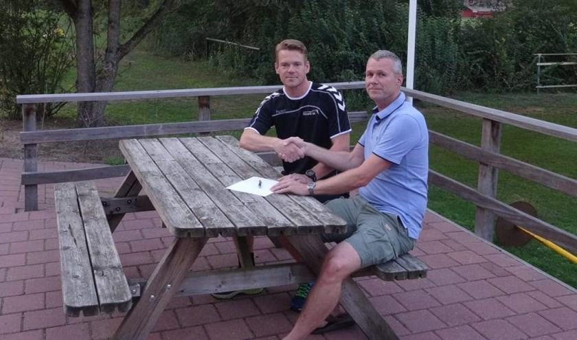 Ard Timmerije (links) wordt hoofdtrainer bij kv Olympia '22. Foto: PR