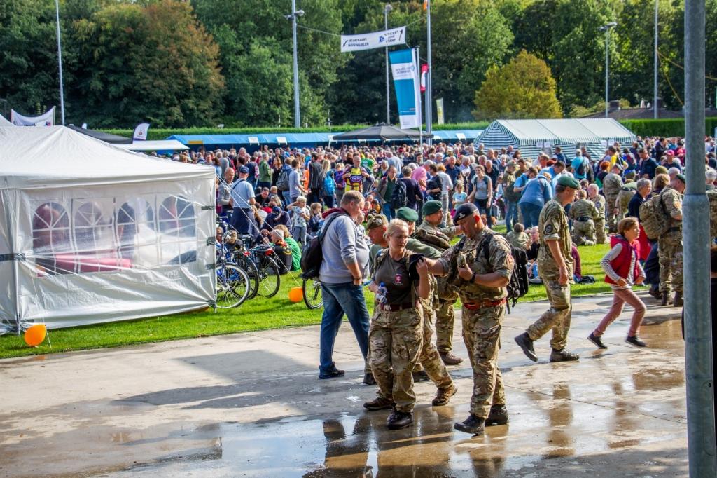 Het terrein van de PSVR in 2019; waar vele wandelaars bijeenkwamen na hun Airborne Wandeltocht. Foto: Liesbeth Spaansen  © Achterhoek Nieuws b.v.