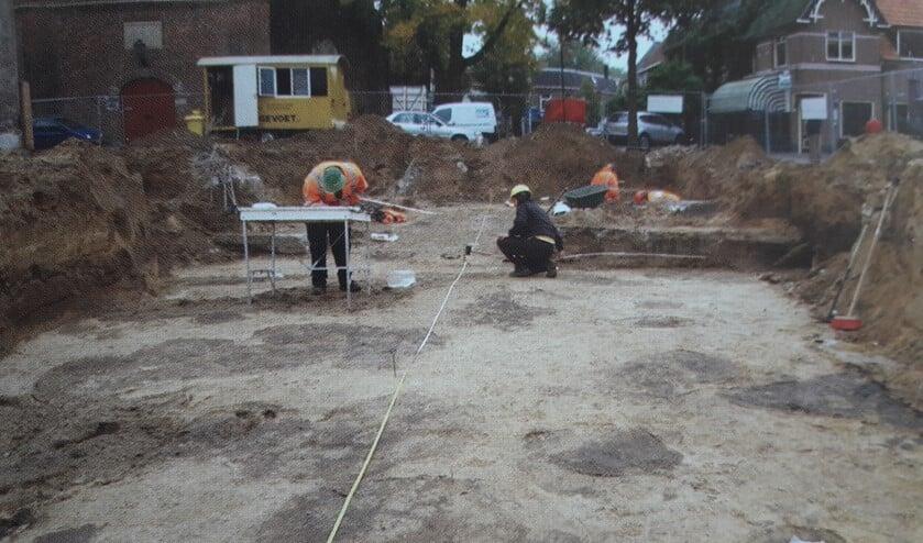 Het archeologisch onderzoek van tien jaar geleden in het centrum van Varsseveld. Foto: ADW