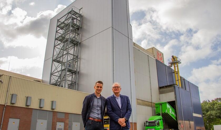 Gert-Jan (l.) en Johan Buunk zijn trots op hun bedrijf. Foto: Liesbeth Spaansen