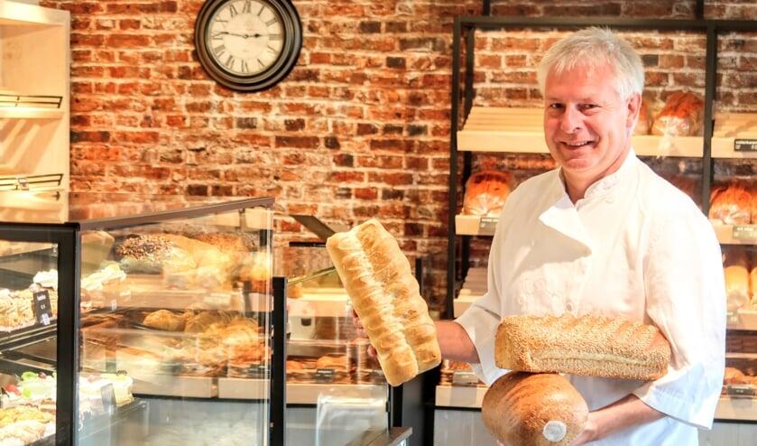 Ton Sloot is bakker in Keijenborg. Zijn vader en opa gingen hem hierin voor. Foto: Luuk Stam