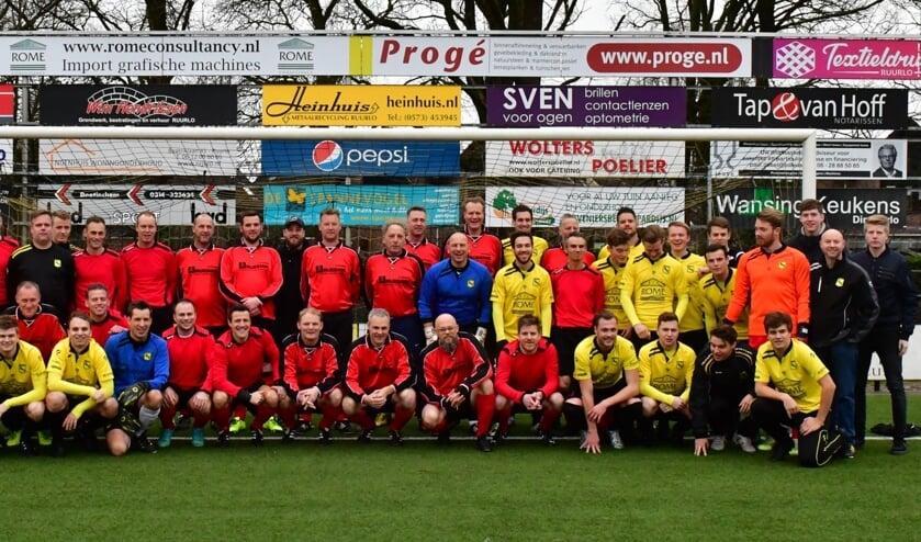 VV Ruurlo 1 en Oud VV Ruurlo 1 bij de Nieuwjaarswedstrijd 2019. Foto: PR