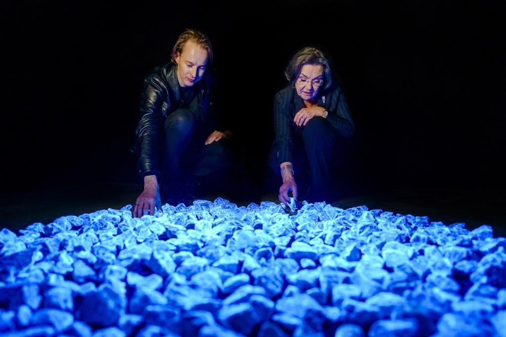 Daan Roosegaarde en Gerdi Verbeet, Levenslicht. Foto: Studio Roosengaarde Foto: Marco De Swart © Achterhoek Nieuws b.v.