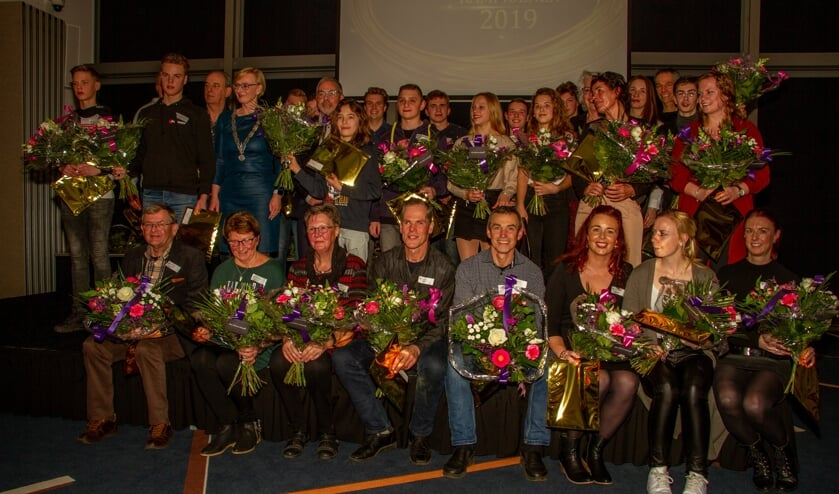 Gehuldigde sportkampioenen van de gemeente Bronckhorst. Foto: Achterhoekfoto.nl/Liesbeth Spaansen