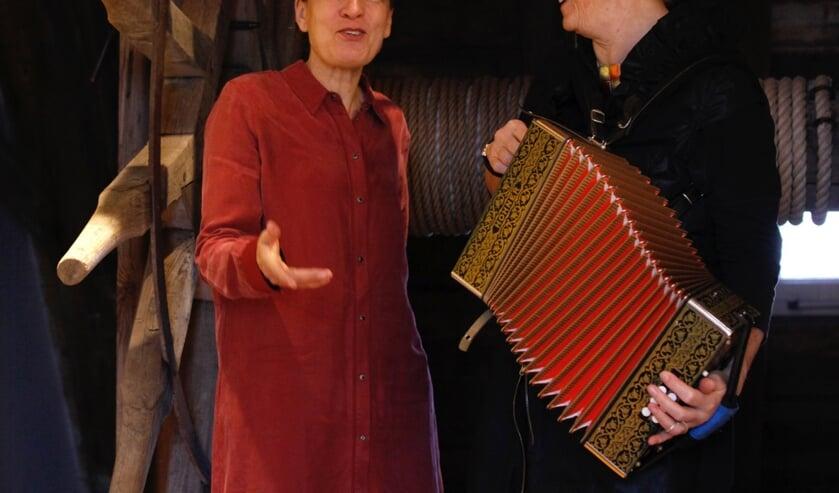 Helma Snelooper en Gerda Reijnders. Foto: Marijke Schellekens