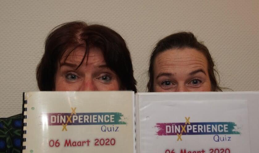 Dianne Rutgers en Judith Hofs-Nederlof kijken uit naar 6 maart. Foto: Frank Vinkenvleugel