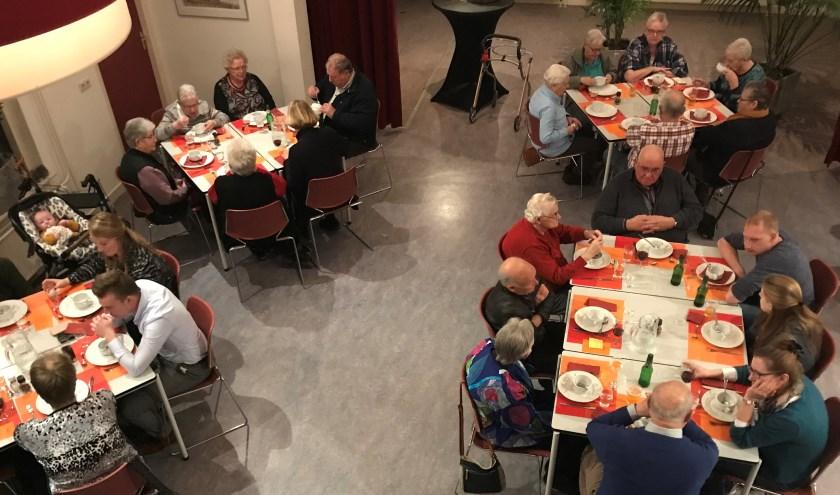 Volle bak in Den Hof tijdens het Eetcafé. Foto: PR