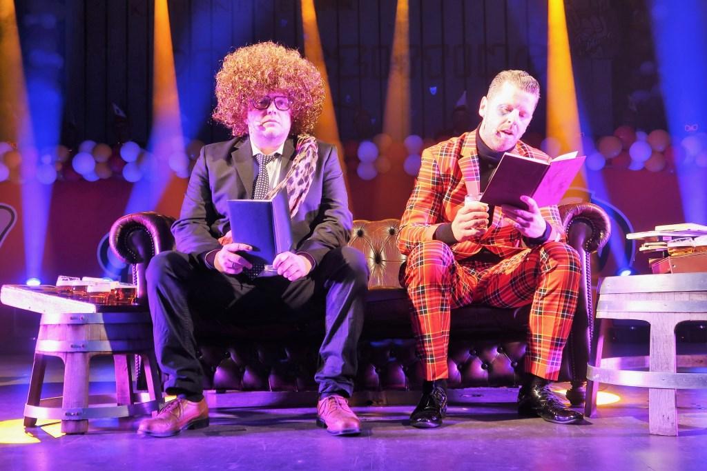 Het komische 'Grolse' duo Joost Frank (rechts) en Martijn Gelinck (links). Foto: Theo Huijskes  © Achterhoek Nieuws b.v.