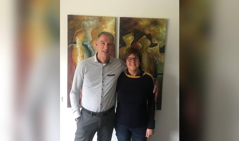 Anita Lenssen ging met René Hartman mee naar Afrika. 'René's werk is zeker geen druppel op een gloeiende plaat. De hulp heeft echt zin'.