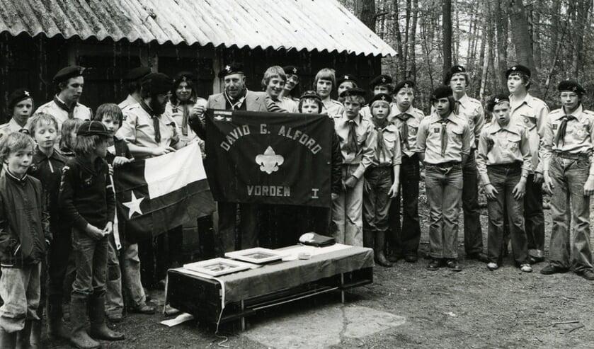 David G. Alford brengt in 1978 een bezoek aan Scouting Vorden. Foto: PR