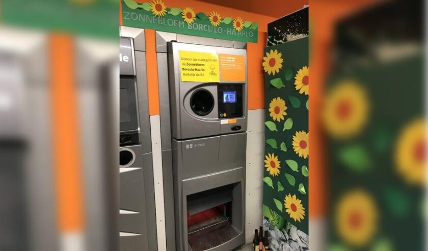 Bij de flessenautomaat wordt de klant geattendeerd op de mogelijkheid tot doneren. Foto: PR