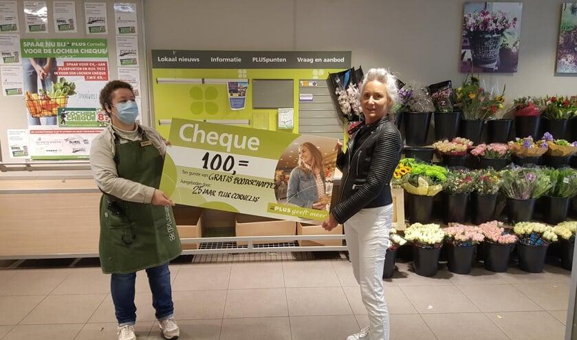 Bij PLUS Cornelis wordt momenteel elke dag iemand blij gemaakt met gratis boodschappen ter waarde van 100 euro. Foto: PLUS Cornelis